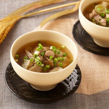 鶏肉とごぼうの香りスープ