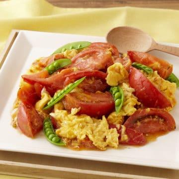 トマトのふんわりぽんず卵炒め