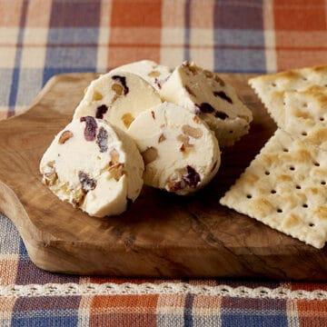お好みの具でおつまみチーズ