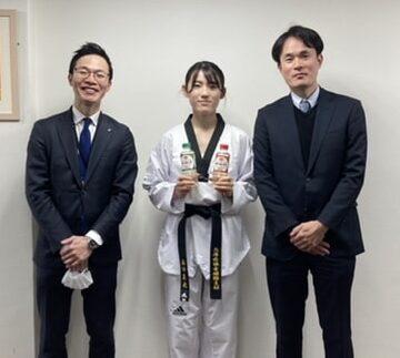 テコンドー選手西田茉央さんの活動をサポートします