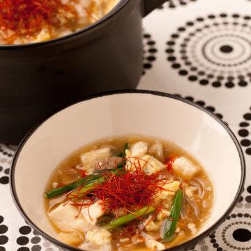 ピリ辛とろーり酸辣湯風鍋